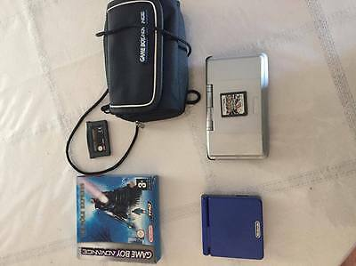 Nintendo DS + GameBoy Advance + 3 jeux + sacoche