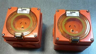 Qty of 2 Clipsal 56SO310L 10 amp round earth lighting socket Industrial 240v