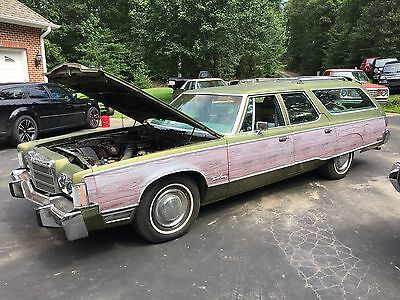 1977 Chrysler 300 Series  1977 Chrysler Town & Country station wagon