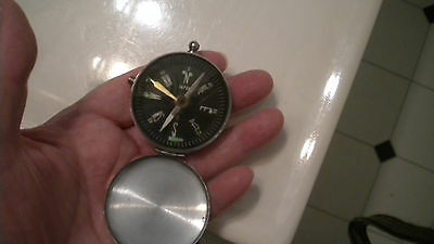 Vintage Compass Metal POCKET COMPASS Shuts Up & LOCKS Marked JAPAN