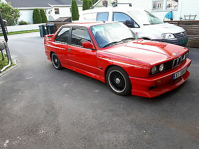 1989 BMW M3 Base Coupe 2-Door 1989 BMW M3 JOHNNY CECOTTO.