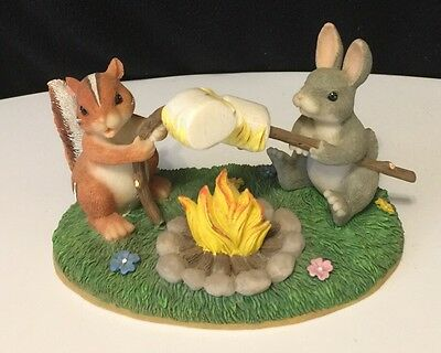 Charming Tails Figurines TOASTING MARSHMALLOWS  Fitz & Floyd Fall Autumn Decor