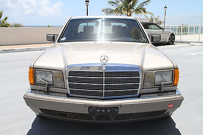1989 Mercedes-Benz 500-Series  1989 Mercedes 560 SEL- GARAGE KEPT and low miles- Excellent Condition!