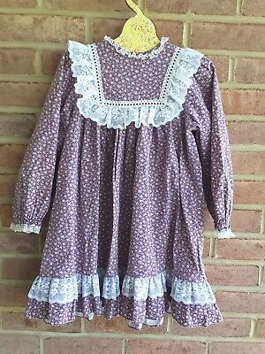 Vintage Girls Floral and Lace Prairie style long sleeves fall dress size 4 years
