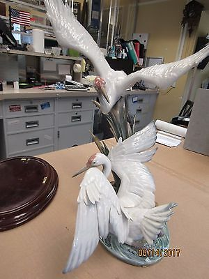 Lladro #1456 Crane With Wooden Display Base (09690-Upstairs 12-0Ss)