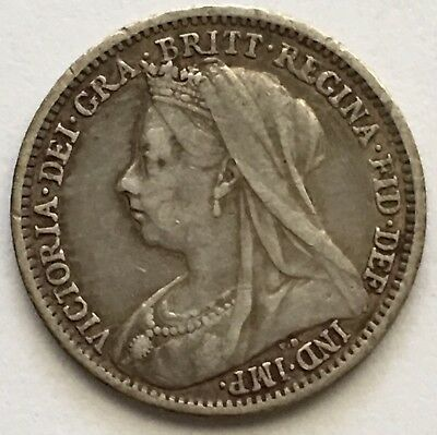 1900 UK Great Britain 3 Pence Silver Coin (L386)