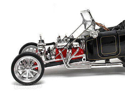 "1923 Ford Model T ""T-Bucket"" Hot Rod 1:18 Scale Diecast Model"