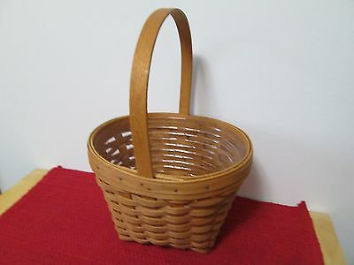 Longaberger 1993 Mother's Day Basket and protector, EUC