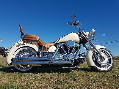 Yamaha: Road Star motorcycle