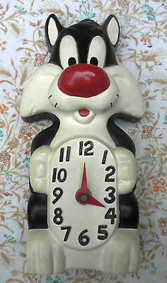 Vintage Working Sylvester The Cat Clock  (1995)