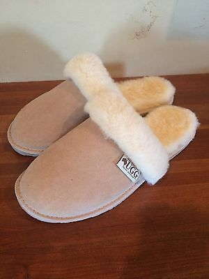 Women's Ugg Slippers Size 9
