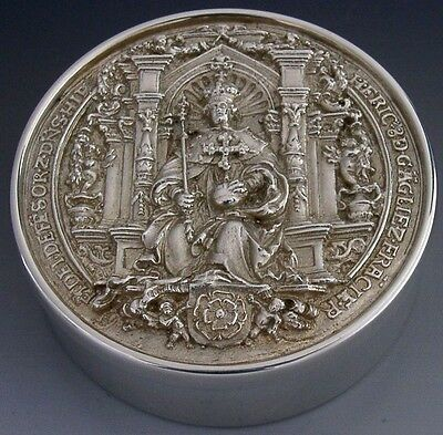 Good Sized English Sterling Silver Henry Viii Wax Seal Box 1986 Peace Treaty