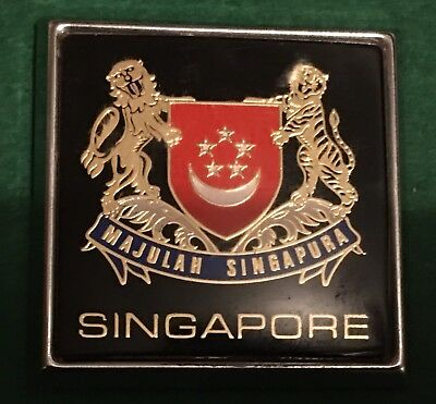 SINGAPORE CAR GRILLE BADGE MAJULAH SINGAPURA Made In England