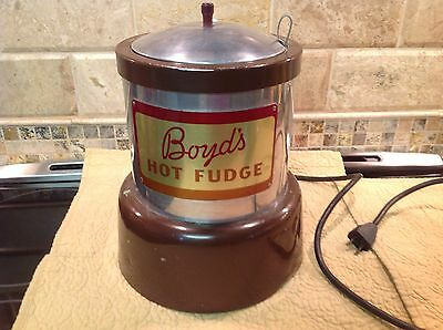 Vintage Boyds Hot Fudge Warmer Soda Fountain Ice Cream Shop Advertising  Contain