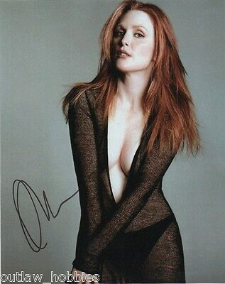 Julianne Moore Sexy Autographed Signed 8x10 Photo COA H