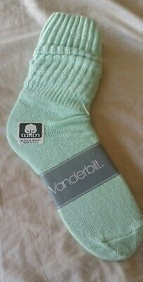 VINTAGE New VANDERBILT Cotton SLOUCH Socks Mint Green - 1980's