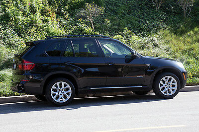 2012 BMW X5 Sport Package 2012 BMW X5 4D SPORT UTILITY XDrive35i with third row New front tires