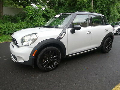 2015 Mini Countryman S ALL4 AWD 6-SPEED MINI Cooper Countryman S ALL4 AWD HIGHWAY MILES PANORAMIC ROOF LEATHER LIKE NEW.