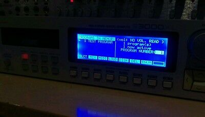 Akai S3000xl with new LCD Screen