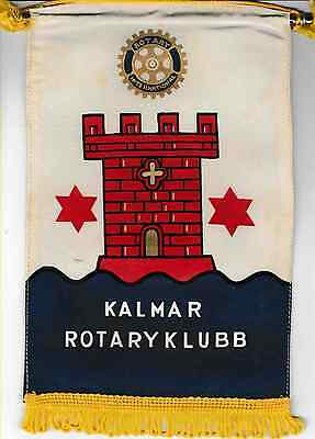 Fanion / Pennant : KALMAR.   SUEDE.   * ROTARY CLUB INTERNATIONAL *