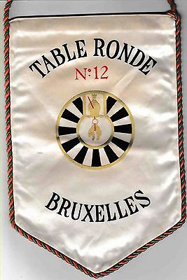 Fanion :  N°12  BRUXELLES.   BELGIUM.    * TABLE RONDE *