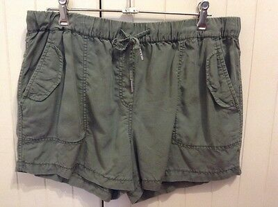 Country Road ladies shorts