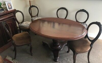 Dining Table And Chairs - Victorian antique