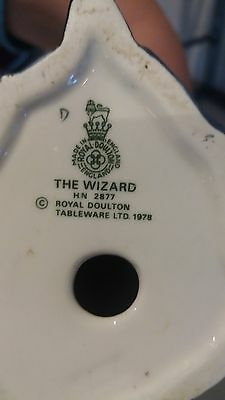 **ULTRA RARE** Royal Doulton The Wizard Figurine HN2877 With Owl Cat Spell Book
