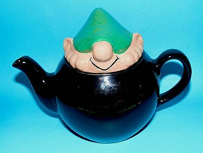 WADE ornament ceramic  Teapot  ' Andy Capp '   1st Quality