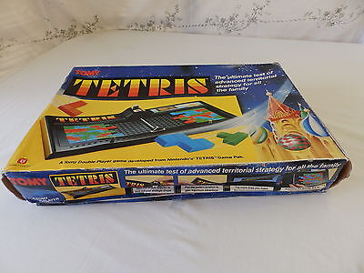 COLLECTABLE VINTAGE TETRIS BOARD GAME By TOMY - COMES COMPLETE!!