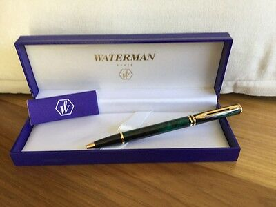 ballpen.Waterman,Laureat Marbled green with gold trim.