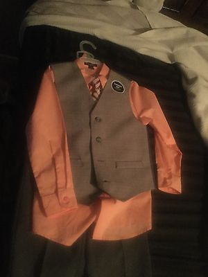 boys three piece suit size 7 brand new with tags
