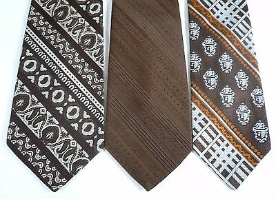 Vintage 3 Wide Men's Ties Brown White Polyester Coat of Arms Solid Stripe 1970's