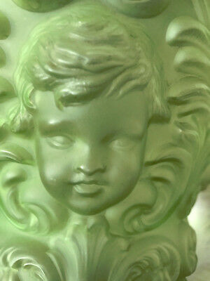 Antique Victorian Baby Face Angel Cherub Pattern Vintage Lamp