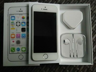 iPhone 5s 16gb Vodafone BUNDLE plus EXTRAS.. IMMACULATE!!