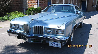 1977 Pontiac Grand Prix SJ Coupe 2-Door 1977 Pontiac Grand Prix SJ Coupe 2-Door 6.6L