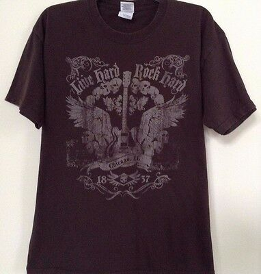 Live Hard Rock  Men's Large T Shirt Guitar Skulls Chicago 1837 100% Cotton