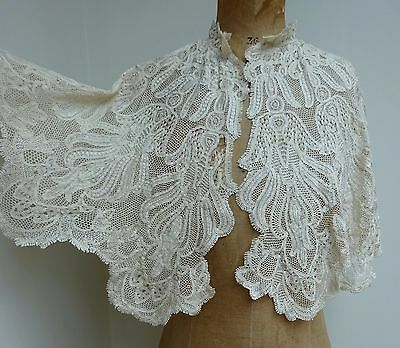 Elegant Antique Ivory Silk Lace Capelet Shawl Wedding Bridal Handmade Collar