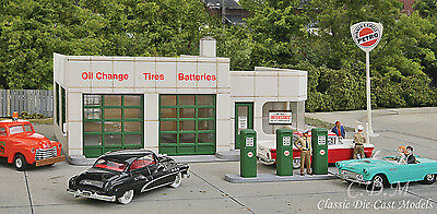 Walthers Cornerstone Kit #3479 Winner's Circle Petro Gas Station 1/87 HO Scale