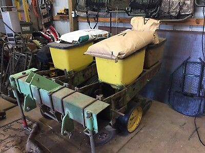 Converted 2 row John Deere 7100 planter hunters special with fertilizer bins