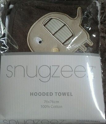 Snugzeez Hooded Towel Brown and White