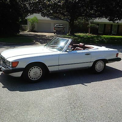 1988 Mercedes-Benz SL-Class convertible Mercedes Benz 560SL convertible and also includes white hard top