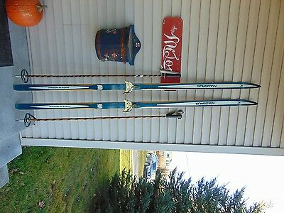 vintage/wooden skis   79  long   with pole nice       nice   # 3748