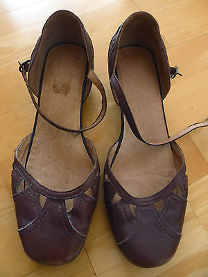 Brown leather COLORADO shoes  size 8.5 good condition