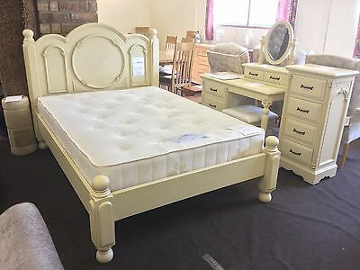Shabby Chic 4ft6 Double Bed Frame.