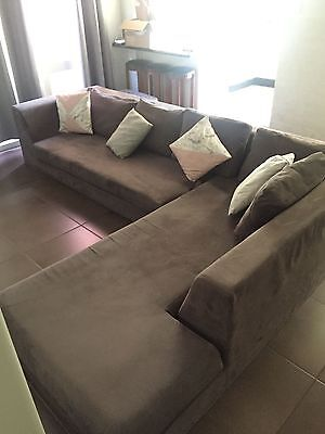 Large Comfy L-Shaped Couch/lounge