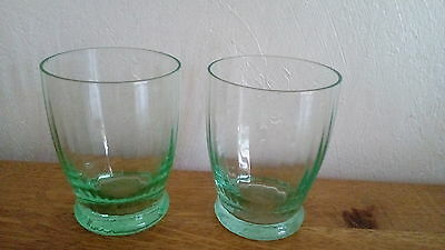 "Lot de 2 VERRES gobelets ""OURALINE"" anciens,uranium glass."