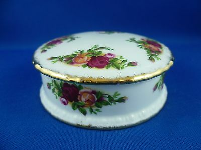 english  Royal Albert Old Country Roses round  Trinket BOX  9.5 cm  cm wide
