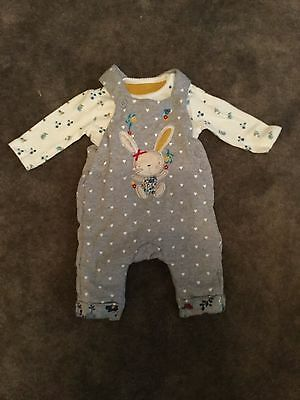 #73 - 2 piece Dungaree & Top set for baby girl - 0-3 months
