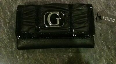 Guess ladies wallet brand new with tags